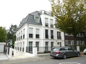 VERMIETET! 4-Zi-Gartenwohnung am Schloss in MS